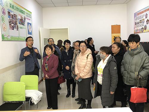 参观慧灵庇护工场1 - 副本.JPG